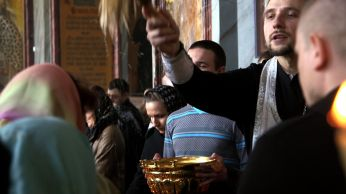 Moscow easter priest blessing