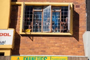 Kids in dianetics window_MG_6254